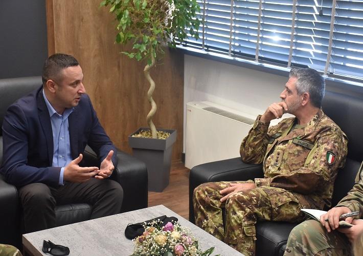 КФОР ће повећати своје присуство на територији општине Грачаница