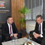 Поповић и немачки амбасадор на Косову о будућим пројектима