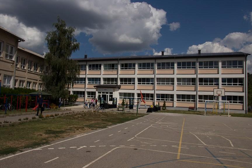 Гимназија у Косовској Каменици: Велико интерсовање ученика за природно математички смер