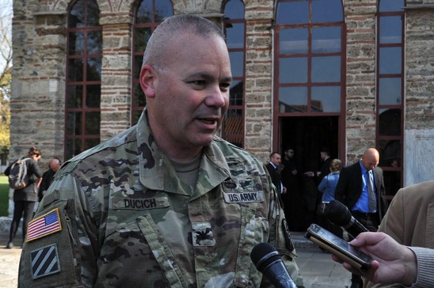 Смена главнокомандујућих у америчкој бази Бондстил на Косову
