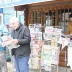 Приштина поново враћа Србе и мрачне послератне године, нови број Јединства, у недосатку других новина, разграбљен.