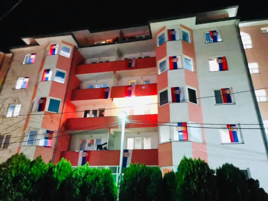 "Косовкса Митровица: Данас студентски перформанс ""100% таксе, 200% живот"""