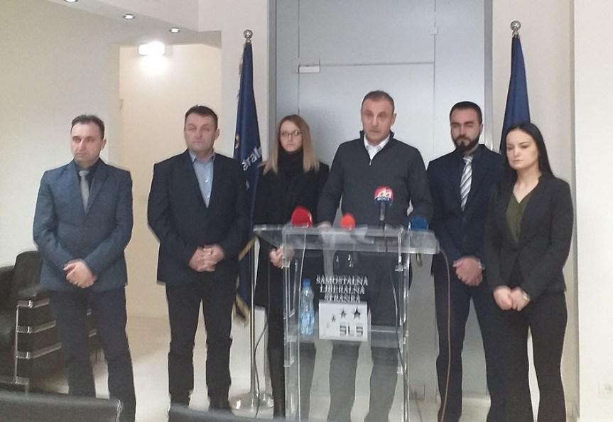 Слободан Петровић поводом информативног разговора на Мердару: Очигледно су се уплашили они који се годинама замрзавају и одмрзавају