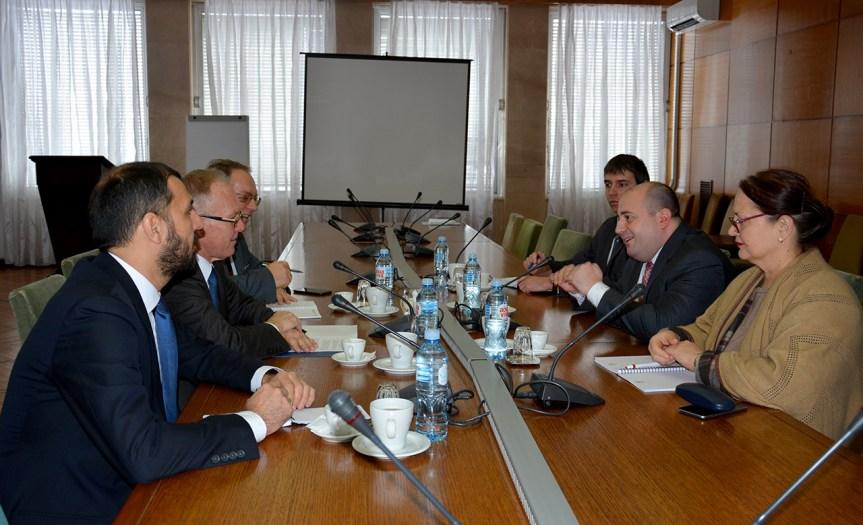 Козарев и Брату о ситуацији на Косову