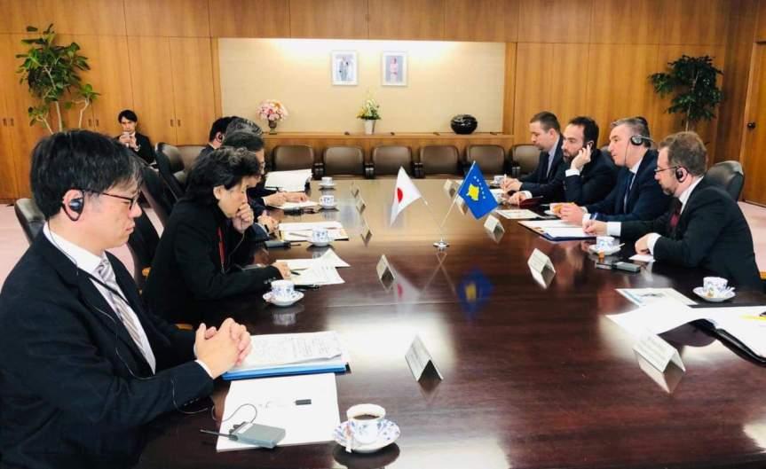 Весељи позвао инвеститоре из Јапана да улажу у Косово