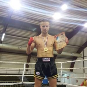 Петар Симоновић, првак централне Србије у кик боксу