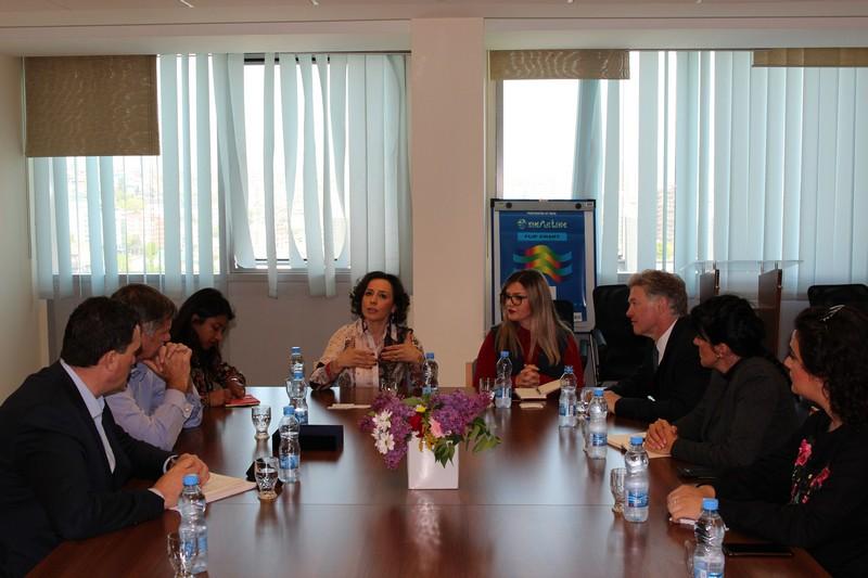 Хоџићева се састала са високом делегацијом Уједињеног Краљевства