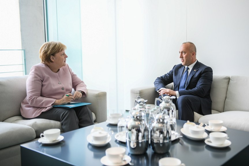 """Харадинај очекује или """"велики"""" или """"оквирни"""" споразум са Србијом"""