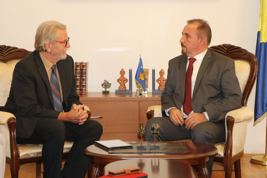 Мисија ЕУЛЕКС-а помаже опремање припадника МУП-а Косова