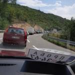 МУП Косова: Највеће колоне и даље на прелазу Мердаре.