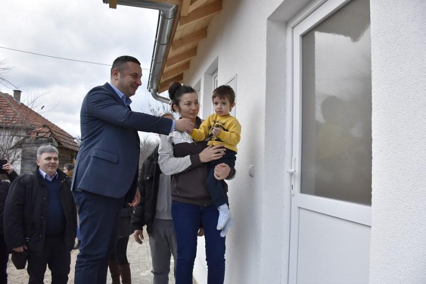 Нова кућа за Максимовиће из Добротина