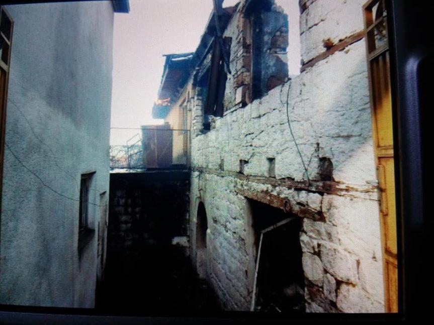 У Ораховцу за новогодишњу ноћ запаљена српска кућа