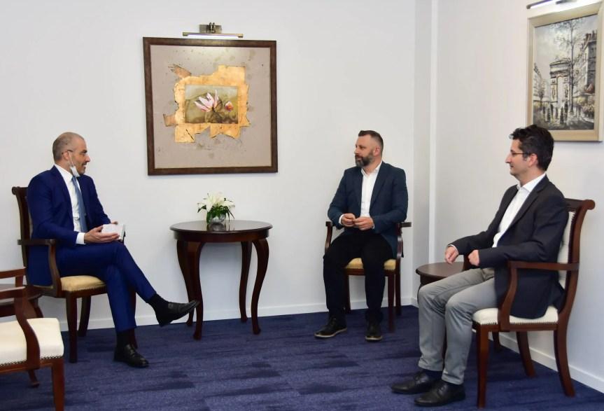 Далибор Јевтић са италијанским амбасадором о безбедносној ситуацији