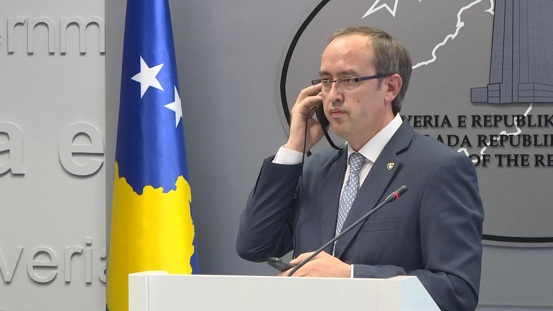 Хоти не зна да ли ће се 28. септембра одржати састанак са Вучићем у Бриселу