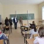 Реновира се школа у Лапљем Селу, Поповић обишао радове