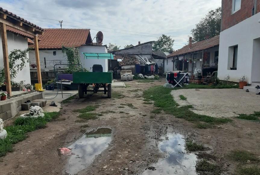 Роми у Грачаници желе само живот достојан човека, ни мање ни више