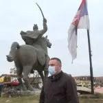 Срђан Поповић осудио покушај паљења српске заставе у Грачаници
