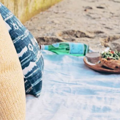 How To Successfully Picnic Solo
