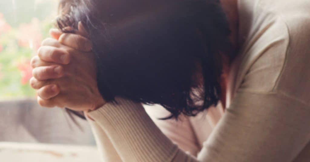 woman praying bible verses of acceptance