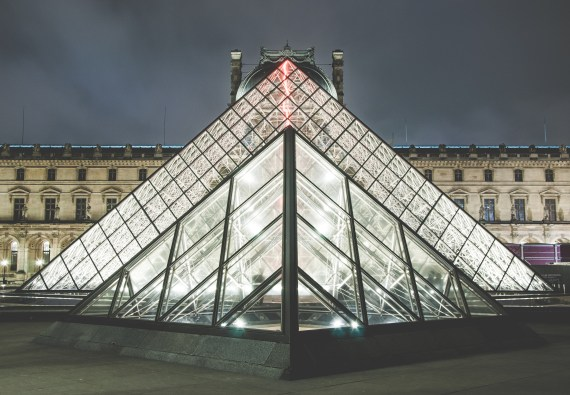 Things to do in Paris - Louvre