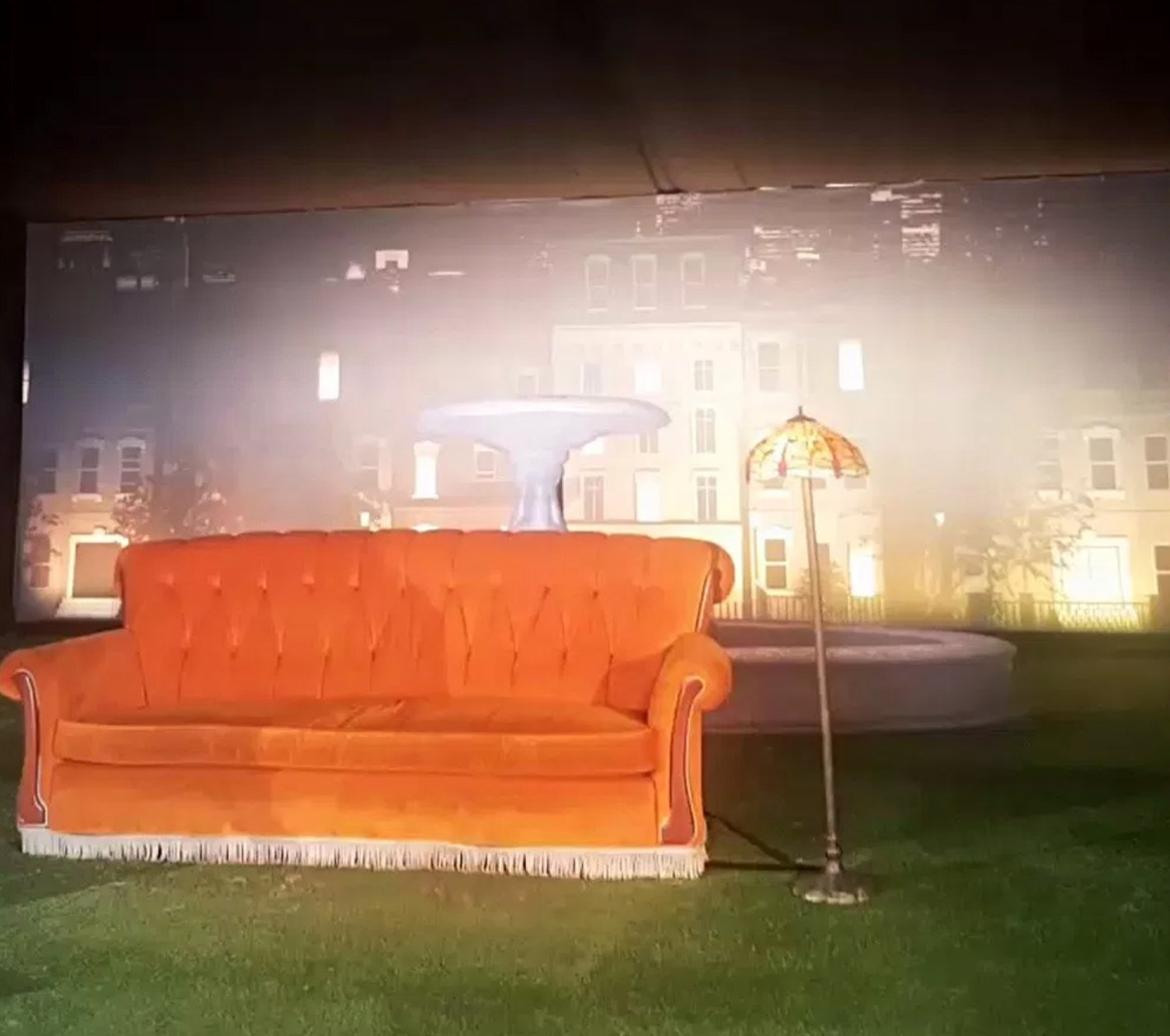 Graceful Blog - Tiffany lamp on the Friends Fest set.
