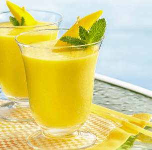 Peach Mango Breakfast Smoothie