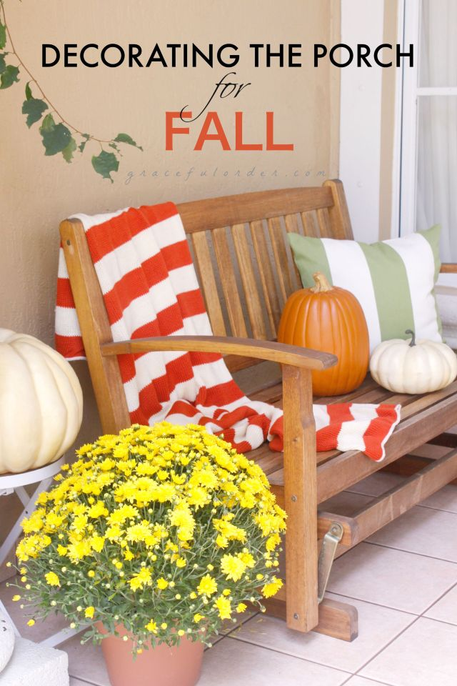 Decorating the Porch for Fall