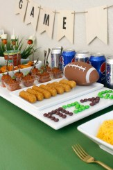 Football Couchgating