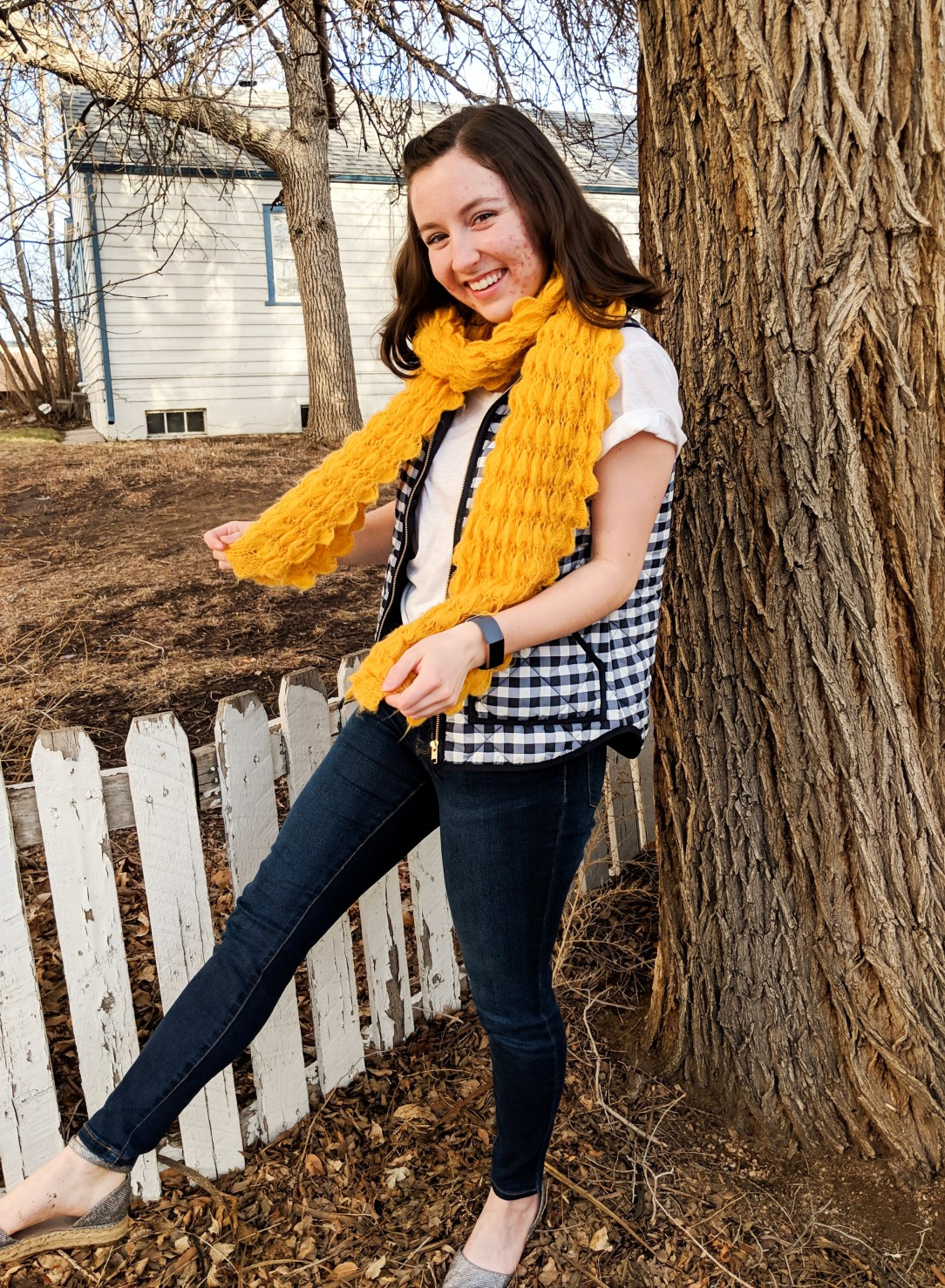 mustard yellow scarf and navy gingham vest to wear for the super bowl
