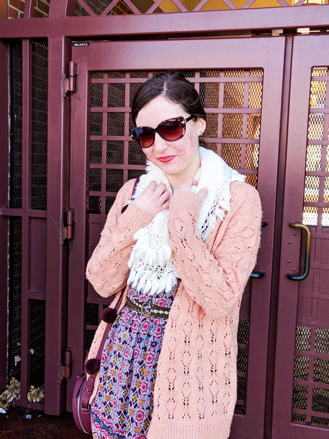 loft tortoise sunglasses, coral sweater