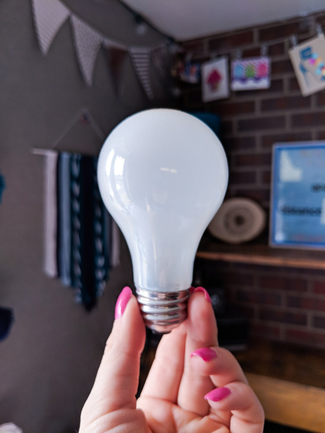 light bulb, inspiration, creativity, innovation