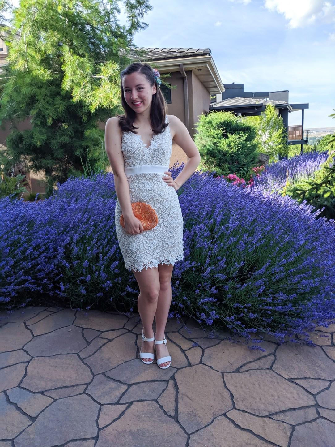 how to rock a white dress, white lace bodycon dress