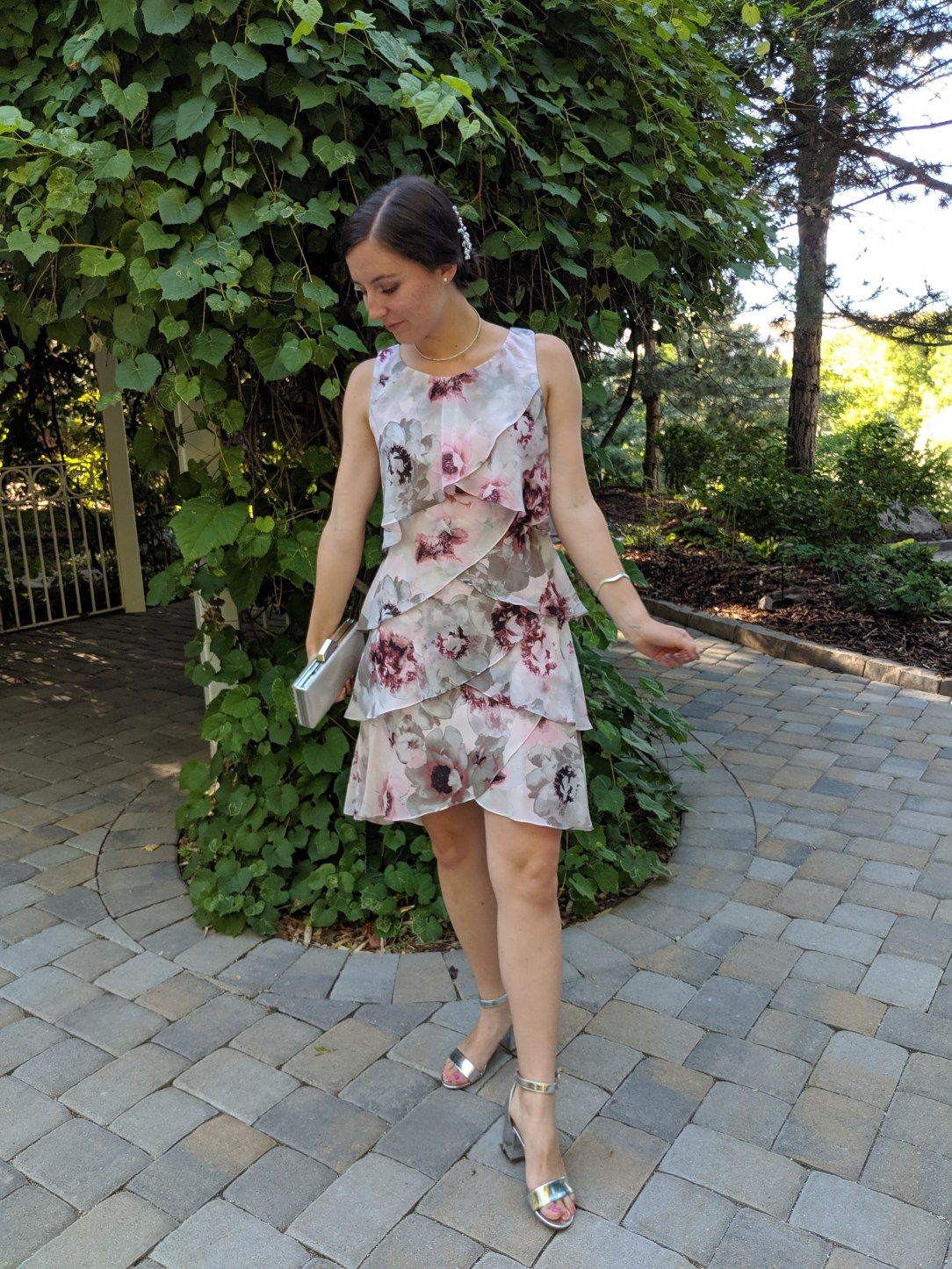 wedding guest games, wedding outfit, flowy dress