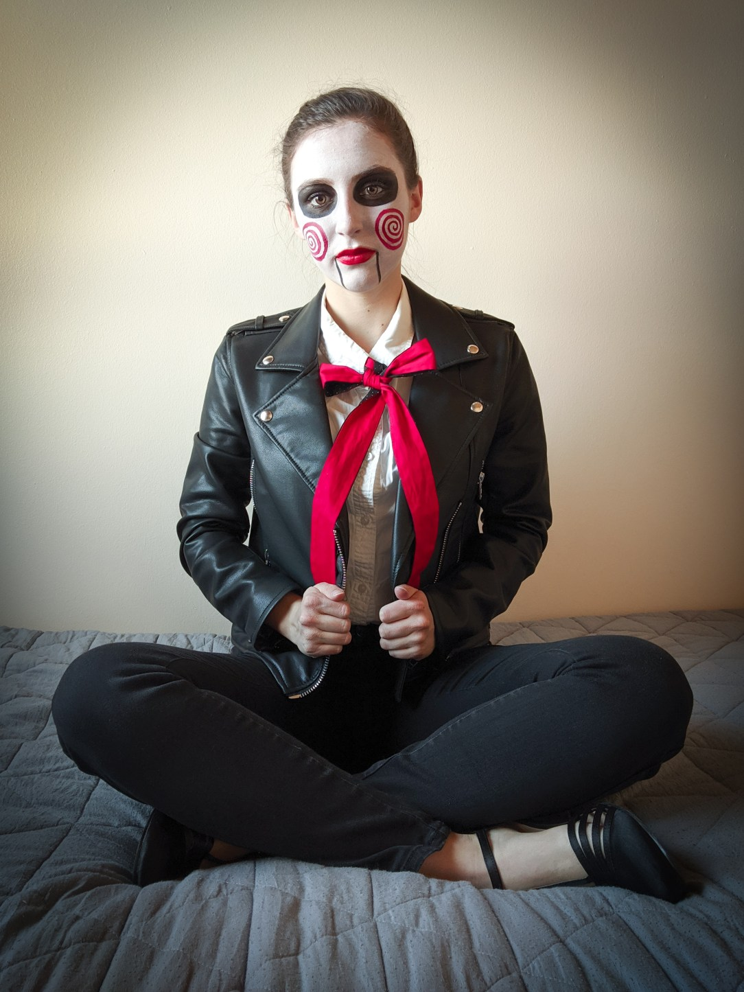 face paint, creepy Halloween, stylish costume