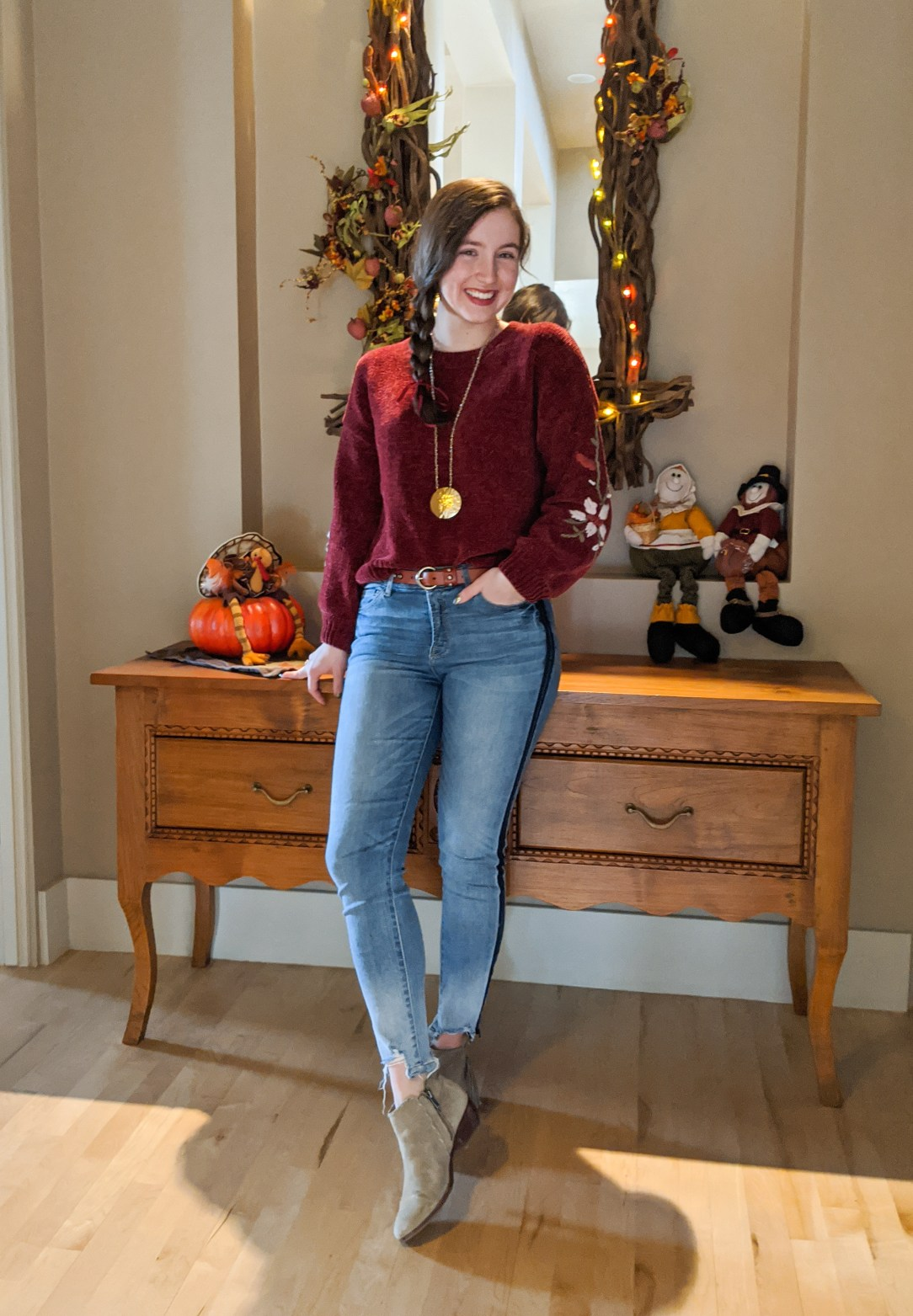 Thanksgiving outfit, festive outfit, sweater weather