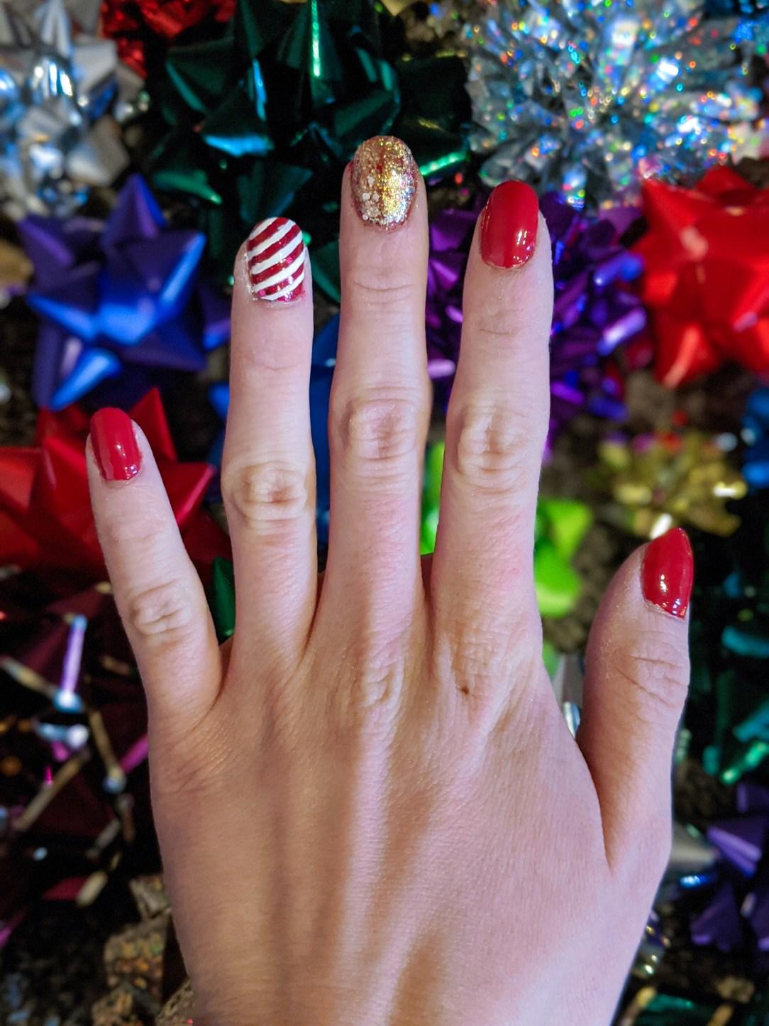 glam Christmas nails, holiday nails