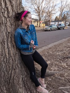 comfy casual, casual outfit, leggings, jean jacket