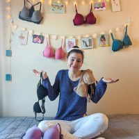 Breast of Friends: The Pain of Bras and Bra Shopping