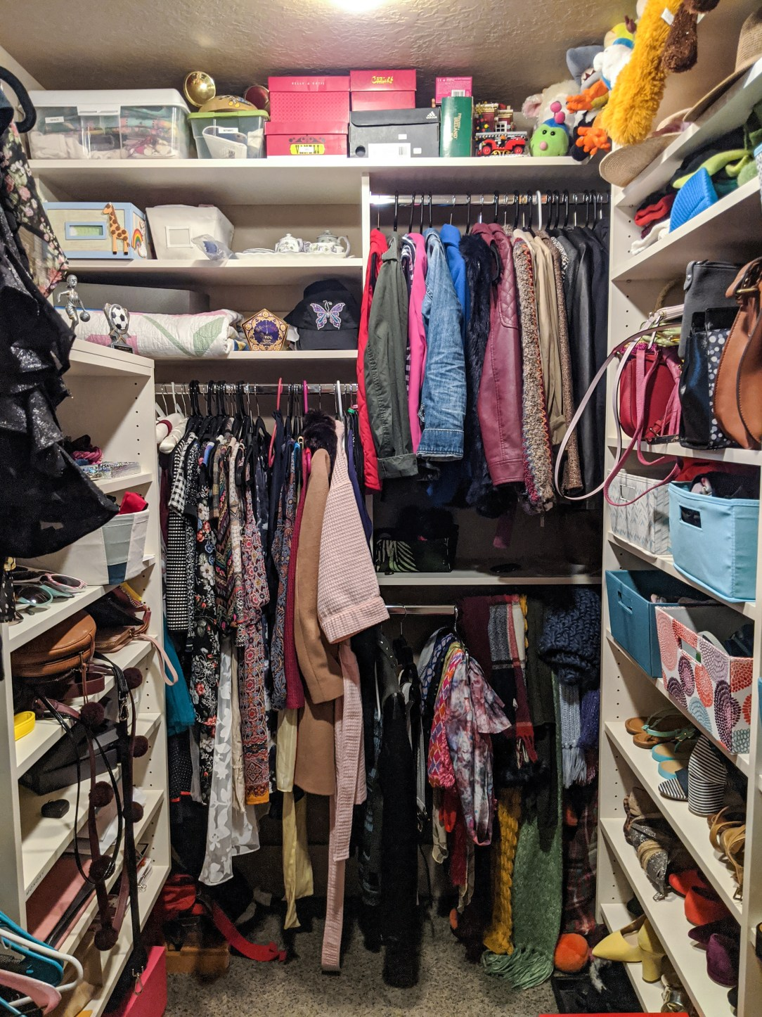 closet-makeover-reveal-clothing
