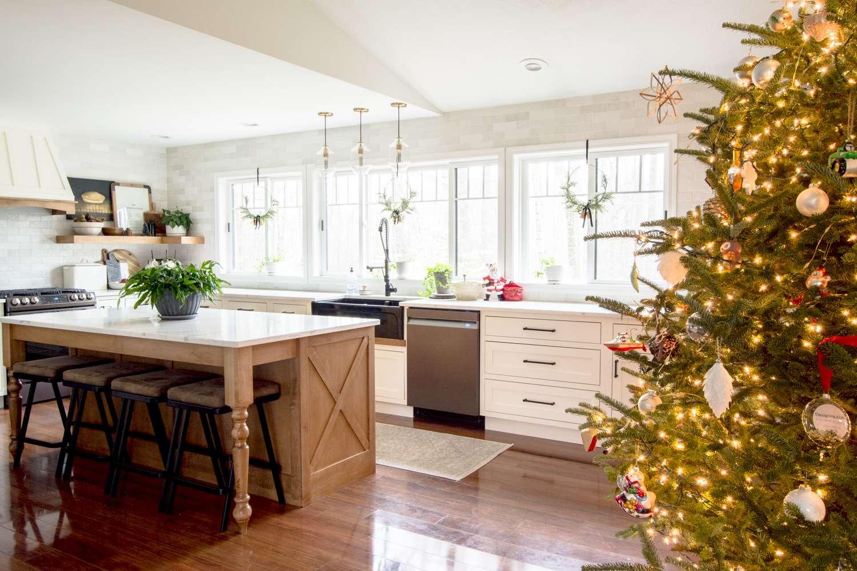 Minimal Farmhouse Kitchen Christmas Decor Grace In My Space