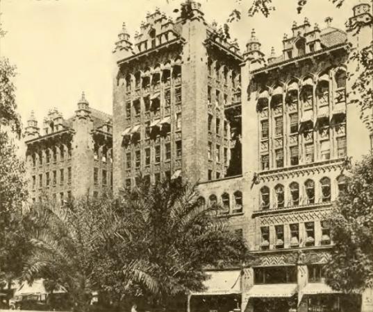 Clune's Auditorium, 1916