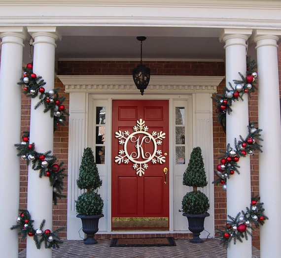 12 Festive and Fun Christmas Door Decorations