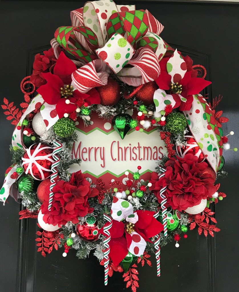 How to Decorate A Christmas Wreath - DIY Christmas Wreath