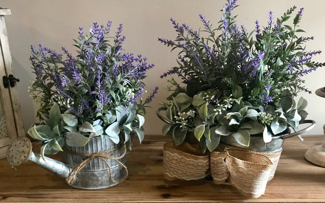 DIY Farmhouse Table Arrangement