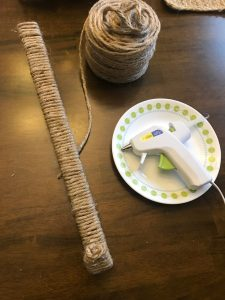 Easy Twine Burlap Wreath Hanger