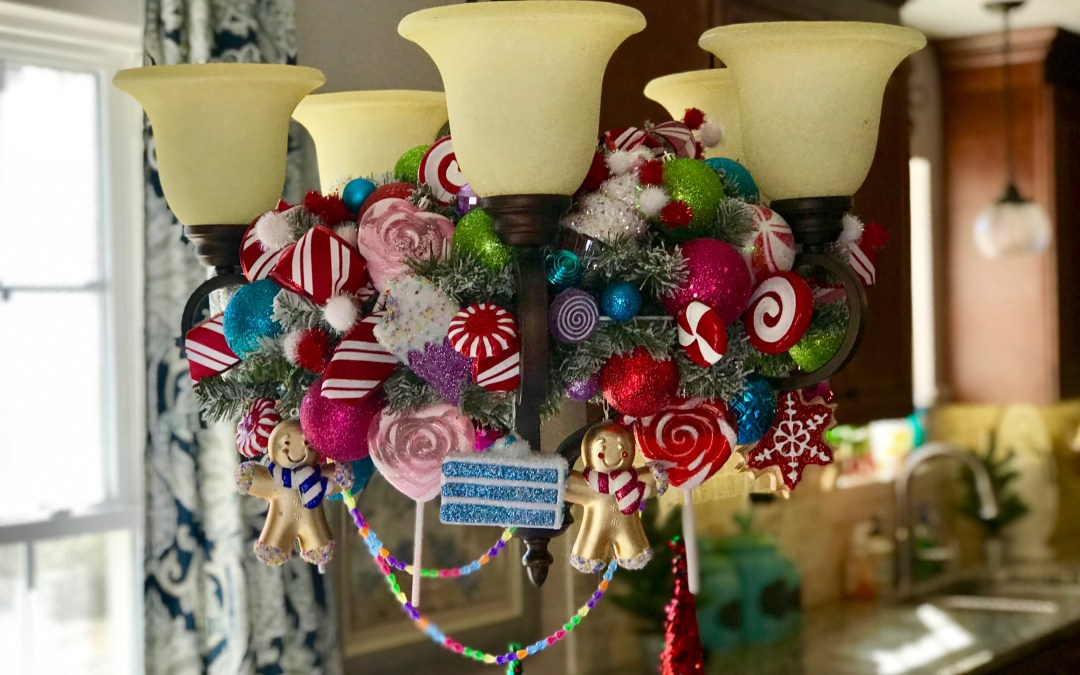 How to Make a Christmas Chandelier Arrangement