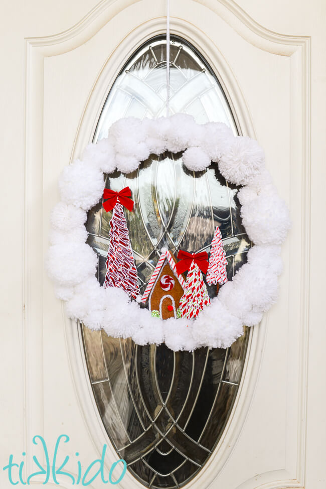 How to Make an Easy DIY Pom Pom Yarn Wreath