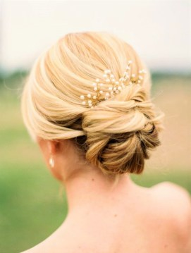 Grace Nicole Wedding Inspiration Blog - Effortless Beauty (21)