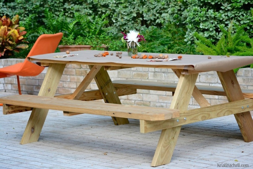 Front-Yard-People-Picnic-Table-1024x684
