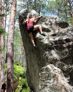 The boulders are BIG! Photo: Toby Saxton